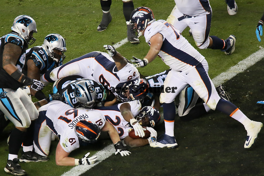 Touchdown RB CJ Anderson (Broncos) zum 22:10  - Super Bowl 50: Carolina Panthers vs. Denver Broncos