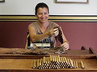 2015 07 07 Cigarrete Palmero manufaturing process