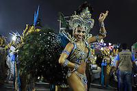 SAO PAULO, SP, 24 DE FEVEREIRO 2012 - DESFILE DAS CAMPEÃS DO CARNAVAL SP - NENÊ DE VILA MATILDE: Rainha da bateria Deborah Caetano da escola de samba Nenê de Vila Matilde no desfile das Campeãs do Carnaval 2012 de São Paulo, no Sambódromo do Anhembi, na zona norte da cidade, neste sábado.(FOTO: LEVI BIANCO - BRAZIL PHOTO PRESS).
