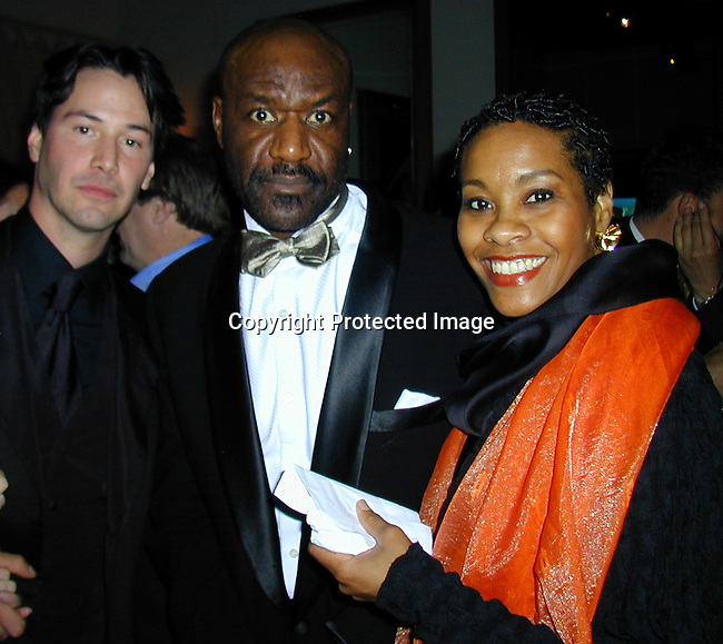 Keanu Reeves &amp; Delroy Lindo<br />