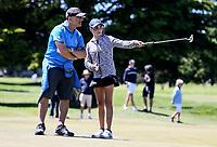 Spectators during the New Zealand Amateur Golf Championship final at Russley Golf Course, Christchurch, New Zealand. Sunday 5 November 2017. Photo: Simon Watts/www.bwmedia.co.nz