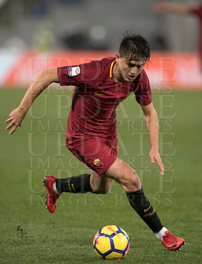 Calcio, Serie A: AS Roma - AC Milan, Roma, stadio Olimpico, 25 febbraio, 2018.<br /> Roma's Cengiz Under in action during the Italian Serie A football match between AS Roma and AC Milan at Rome's Olympic stadium, February 28, 2018.<br /> UPDATE IMAGES PRESS/Isabella Bonotto