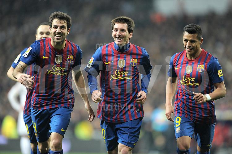 FUSSBALL  INTERNATIONAL  Copa del Rey  1/4  FINALE  2011/2012   18.01.2012 Real Madrid - FC Barcelona  JUBEL Cesc Fabregas (li.) mit Lionel Messi und Alexis Sanchez (v. li. Barca)