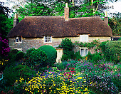Tom Mackie, FLOWERS, photos, Thomas Hardy's Cottage & Garden, Higher Bockhampton, Dorset, England, GBTM87901-1,#F# Garten, jardín