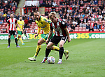 Mark Duffy of Sheffield Utd in action with Tom Trybull of Norwich City during the Championship match at Bramall Lane Stadium, Sheffield. Picture date 16th September 2017. Picture credit should read: Jamie Tyerman/Sportimage
