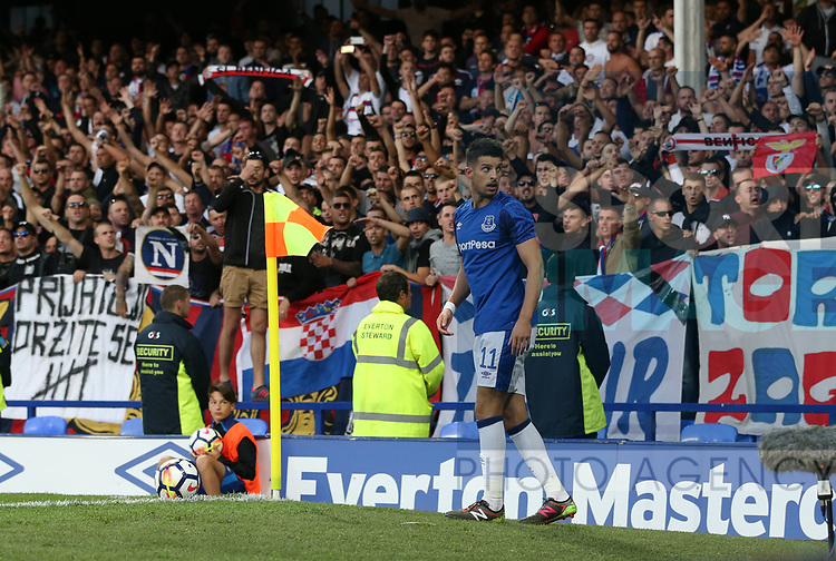 Kevin Mirallas of Everton looks around at the fans during the Europa League Qualifying Play Offs 1st Leg match at Goodison Park Stadium, Liverpool. Picture date: August 17th 2017. Picture credit should read: David Klein/Sportimage
