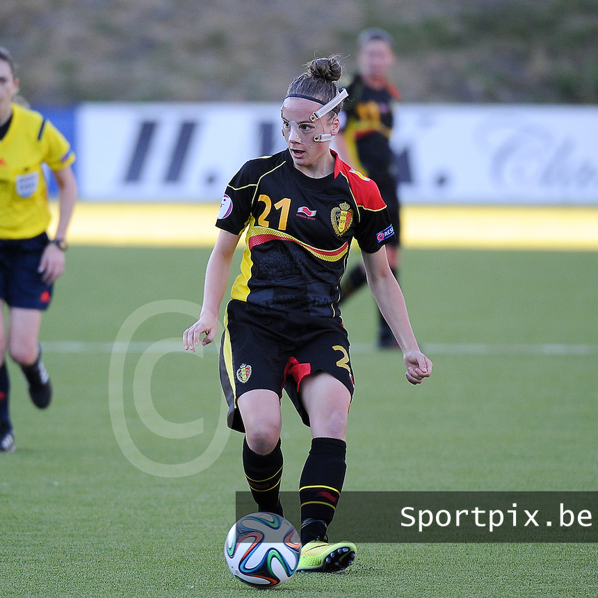 20140718 - Tonsberg , NORWAY : Belgian Sheryl Merchiers pictured during the female soccer match between Women under 19 teams of Norway and Belgium , on the second matchday in group A of the UEFA Women Under19 European Championship at Tonsberg Stadion , Norway . Friday 18th July 2014 . PHOTO DAVID CATRY