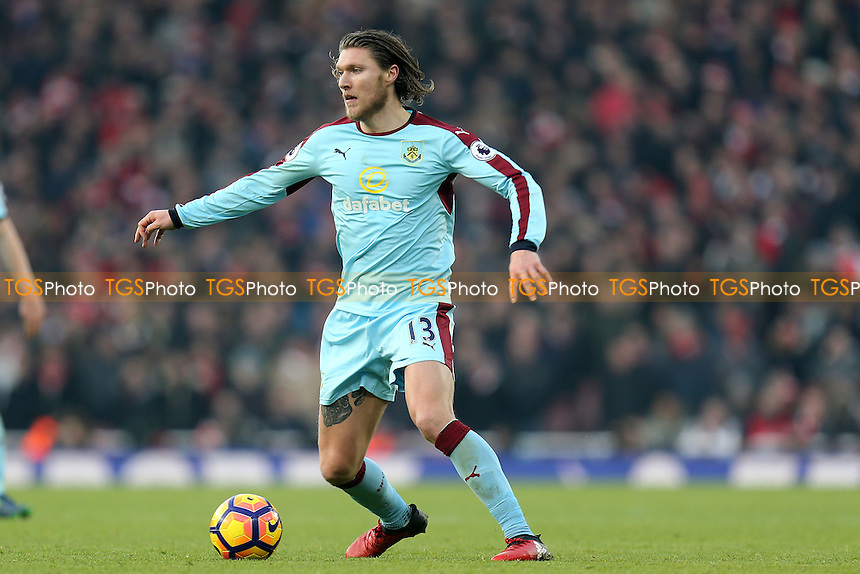 Jeff Hendrick of Burnley during Arsenal vs Burnley, Premier League Football at the Emirates Stadium on 22nd January 2017