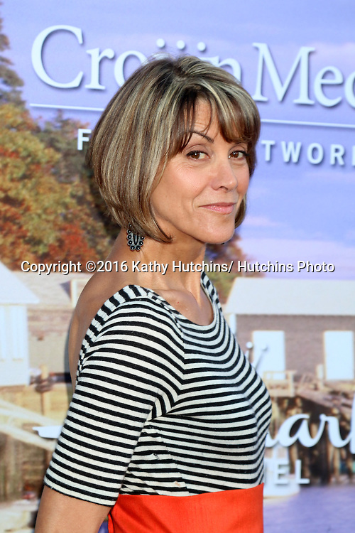 LOS ANGELES - JUL 27:  Wendie Malick at the Hallmark Summer 2016 TCA Press Tour Event at the Private Estate on July 27, 2016 in Beverly Hills, CA