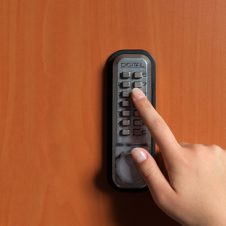 touchpanel to activate the door lock