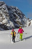 Europe, Autriche, Tyrol (Land), Tyrol du Nord, env de  Hall en Tyrol: Randonn&eacute;e en raquettes // Europe, Austria, Tyrol (state), Near Hall in Tirol: Snowshoeing<br /> Auto:N&deg; 2014-174 et Auto:N&deg; 2014-175