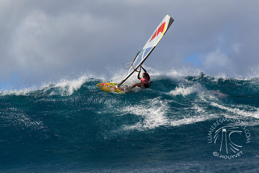 Junko Nagoshi at the 6th and final stop of the 2012 American Windsurfing Tour (AWT), in Ho'okipa Beach Park (Maui, Hawaii, USA)