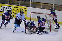 IJSHOCKEY: HEERENVEEN: IJsstadion Thialf, 24-11-2012, Eredivisie, Friesland Flyers - HYS Den Haag, Sander Dijkstra (Flyers | #5), Raphael Joly (HYS | #61),goalie Martijn Oosterwijk (Flyers | #30), Trevor Hunt (Flyers | #24), Kevin Bruijsten (Flyers | #21), ©foto Martin de Jong
