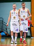 S&ouml;dert&auml;lje 2015-10-01 Basket Basketligan S&ouml;dert&auml;lje Kings - Uppsala Basket :  <br /> Uppsalas Mannos Nakos deppar med Andreas Person  under matchen mellan S&ouml;dert&auml;lje Kings och Uppsala Basket <br /> (Foto: Kenta J&ouml;nsson) Nyckelord:  Basket Basketligan S&ouml;dert&auml;lje Kings SBBK T&auml;ljehallen Uppsala Seriepremi&auml;r Premi&auml;r depp besviken besvikelse sorg ledsen deppig nedst&auml;md uppgiven sad disappointment disappointed dejected