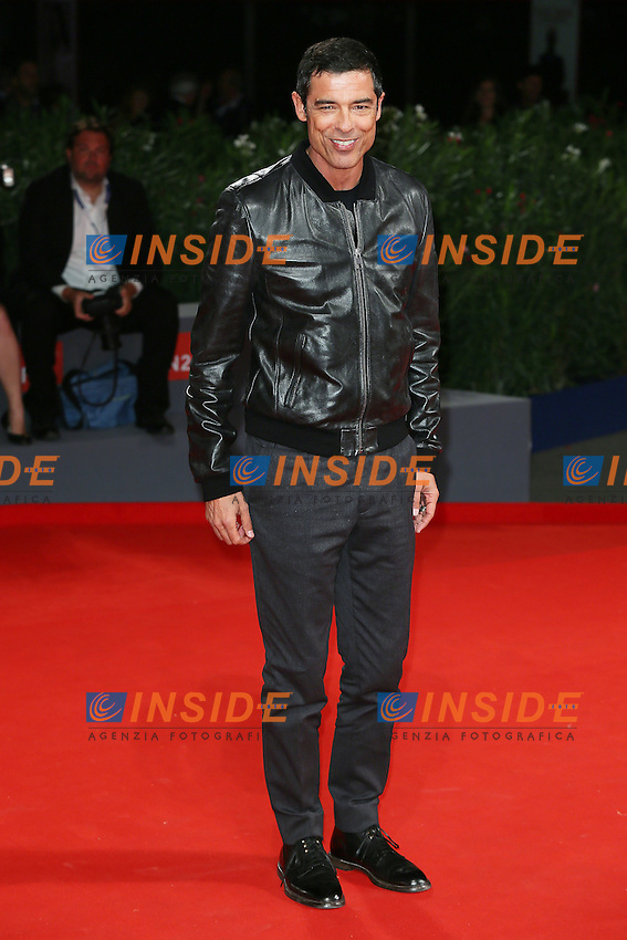 VENICE, ITALY - SEPTEMBER 09: Alessandro Gassmann attends the 'De Palma - Jaeger-LeCoultre Glory to the Filmmaker 2015 Award' Red Carpet during 72nd Venice Film Festival at Palazzo Del Cinema on September 9, 2015 in Venice, Italy. (Mark Cape/insidefoto)