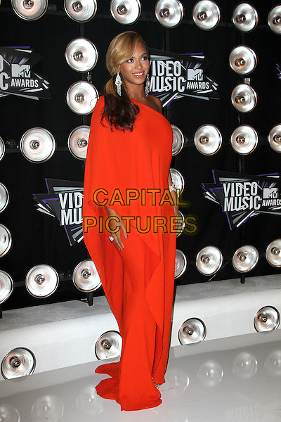 Beyonce Knowles (wearing Lanvin).Arrivals at the 2011 MTV Video Music Awards held at Nokia Theatre L.A. Live in Los Angeles, California, USA..28th August 2011.full length orange one shoulder dress gown pregnant  .CAP/ADM/KB.©Kevan Brooks/AdMedia/Capital Pictures.
