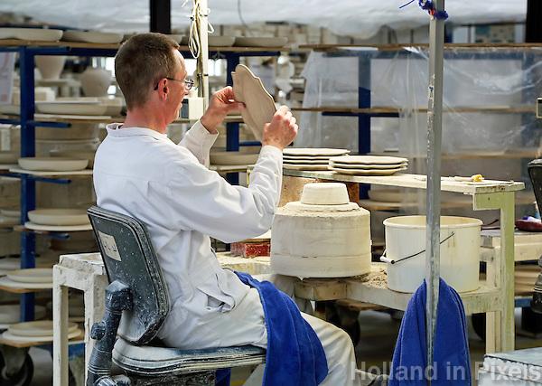 Delft- De Porceleyne Fles. Fabriek waar Delfts Blauw aardewerk wordt vervaardigd. Tevens een museum. Royal Delft
