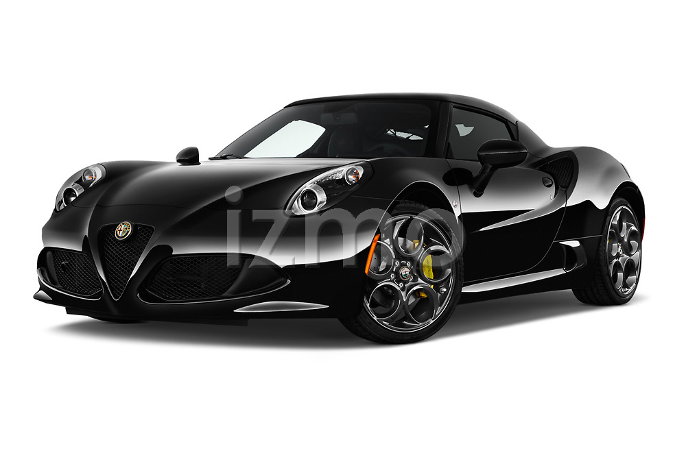 Stock pictures of low aggressive front three quarter view of 2018 Alfa Romeo 4C Base 2 Door Coupe
