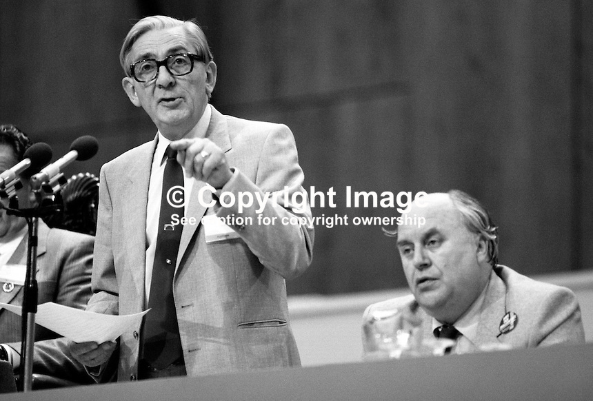 Len Murray, outgoing general secretary, Trades Union Congress, UK,speaking at the organisation's annual conference, 1984. Also in the photo is his successor, Norman Willis. 19840102LM5.<br />