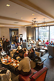 USA, Colorado, Aspen, apres ski scene in The Living Room lounge area at the Little Nell Hotel