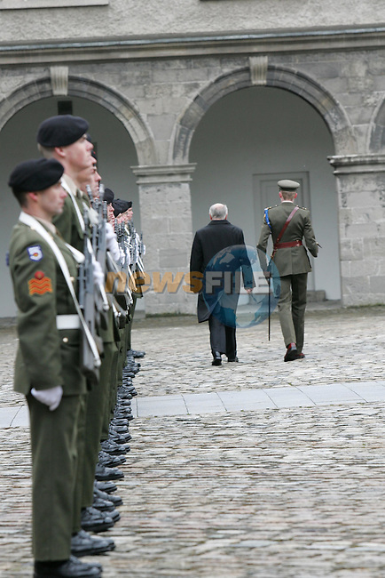 Dublin Ireland 22/5/06.Australian Prime Minister John Howard during his state Visit to Ireland Placed a wreath to commerate the Irish war dead at the Royal Hospital Kilmainham in Dublin 22/5/06. Prime Minister Howard is Pictures inspecting the Guard..Photo AFP/NEWSFILE/FRAN CAFFREY..(Photo credit should read AFP Photo/FRAN CAFFREY/NEWSFILE)...This Picture has been sent you under the condtions enclosed by:.Newsfile Ltd..the Studio,.Millmount Abbey,.Drogheda,.Co Meath..Ireland..Tel: +353(0)41-9871240.Fax: +353(0)41-9871260.GSM: +353(0)86-2500958.email: pictures@newsfile.ie.www.newsfile.ie.FTP: 193.120.102.198..This picture is from Fran Caffrey@newsfile.ie