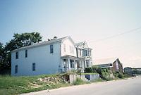 1996 August 09..Conservation.Ballentine Place..722-726 GOFF STREET...NEG#.NRHA#..