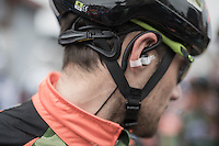 earphones in<br /> <br /> GP Le Samyn 2017 (1.1)