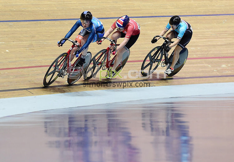 Picture by Alex Broadway/SWpix.com - 28/01/17 - Cycling - 2017 HSBC UK National Track Championships 2017 - Day Two - HSBC UK National Cycling Centre, Manchester, United Kingdom - Katie Archibald of Team WNT competes in the Women's Scratch Race Final.