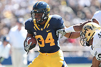 Shane Vereen carries the ball. The California Golden Bears defeated the Colorado Buffaloes 52-7 at Memorial Stadium in Berkeley, California on September 11th, 2010.