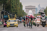 Taylor Phinney (USA/Education First-Drapac) leading the breakaway group down the famous Champs-Élysées with the Arc de Triomphe as a backdrop<br /> <br /> Stage 21: Houilles > Paris / Champs-Élysées (115km)<br /> <br /> 105th Tour de France 2018<br /> ©kramon