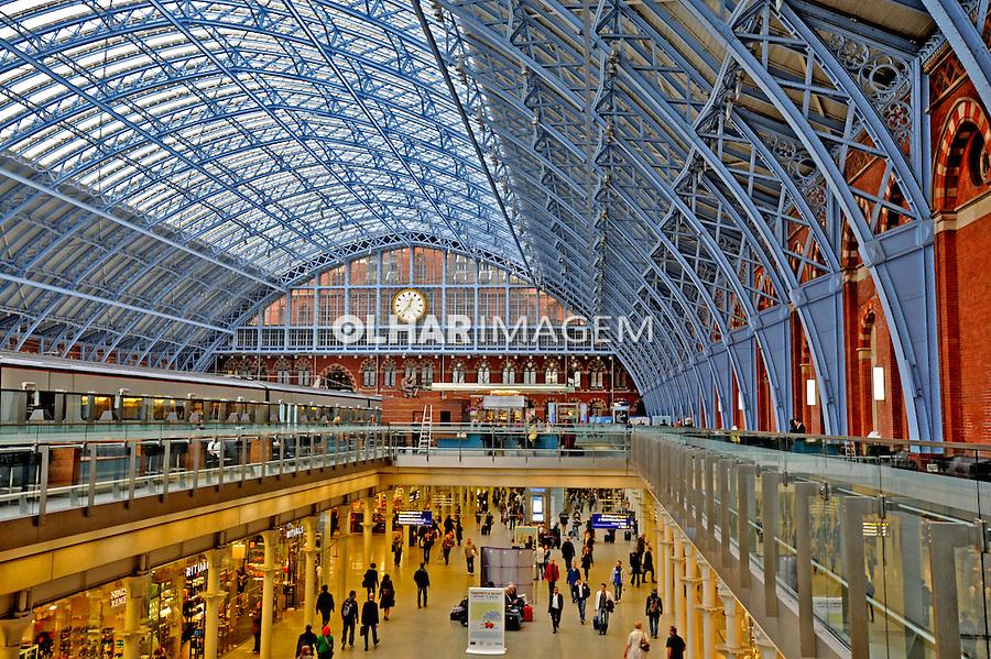 Estação de trens St Pancras. Londres. Inglaterra. 2008. Foto de Juca Martins.