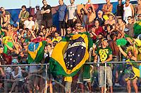 RAVENNA, ITALIA, 10 DE SETEMBRO 2011 - MUNDIAL BEACH SOCCER / BRASIL X PORTUGAL - Torcida do Brasil, durante a partida contra Portugal , válida pela semi-final do Mundial de Futebol de Areiano Estádio Del Mare, em Ravenna, na Itália, neste sábado (10).FOTO: VANESSA CARVALHO - NEWS FREE