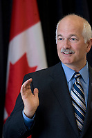 New Democratic Party leader Jack Layton talks at the Federation of Canadian Municipalities (FCM) congress in Quebec city Saturday May 31, 2008.<br /> <br /> PHOTO :  Francis Vachon - Agence Quebec Presse
