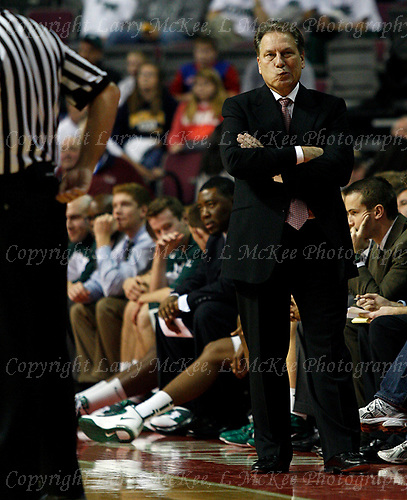 Sceptical: Michigan State head coach Tom Izzo lets his body language tell the official what he thought of a foul call that went against the Spartans during NCAA Division I non-league action against Oakland University at The Palace Saturday. Izzo and the Spartans snuck out of Auburn Hills with a 77-76 win.