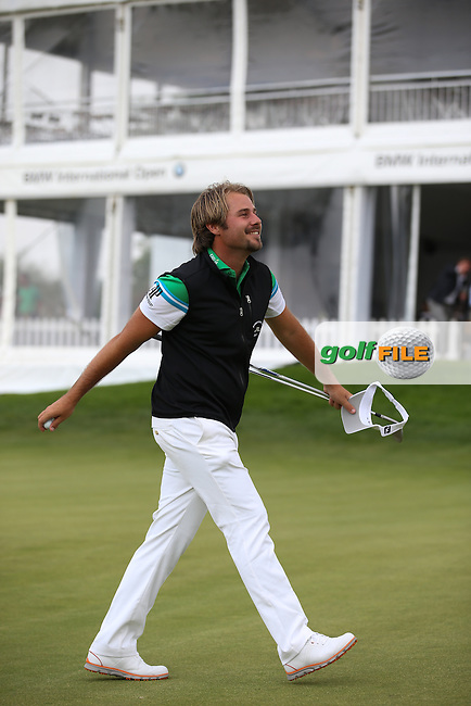 Victor Dubuisson (FRA) gets a hole-in-one during the Opening Show Event of the BMW International Open 2014 from Golf Club Gut Lärchenhof, Pulheim, Köln, Germany. Picture:  David Lloyd / www.golffile.ie