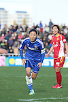 Yuki Ogimi (Chelsea), Junko Kai (Leonessa),<br /> DECEMBER 8, 2013 - Football / Soccer :<br /> mobcast cup International Women's Club Championship 2013 Final match between INAC Kobe Leonessa 4-2 Chelsea Ladies FC at Ajinomoto Field Nishigaoka in Tokyo, Japan. (Photo by Hitoshi Mochizuki/AFLO)