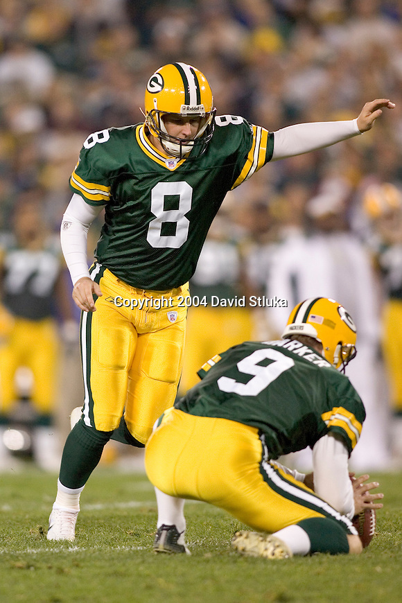 Green Bay Packers kicker Ryan Longwell (8) during an NFL football game against the Tennessee Titans at Lambeau Field on October 10, 2004 in Green Bay, Wisconsin. The Titans defeated the Packers 48-27. (Photo by David Stluka)