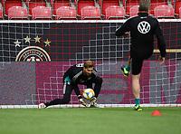 Torwart Kevin Trapp (Deutschland Germany) - 10.06.2019: Abschlusstraining der Deutschen Nationalmannschaft vor dem EM-Qualifikationsspiel gegen Estland, Opel Arena Mainz