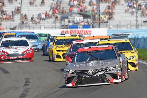 #20: Erik Jones, Joe Gibbs Racing, Toyota Camry buyatoyota.com, #19: Daniel Suarez, Joe Gibbs Racing, Toyota Camry STANLEY