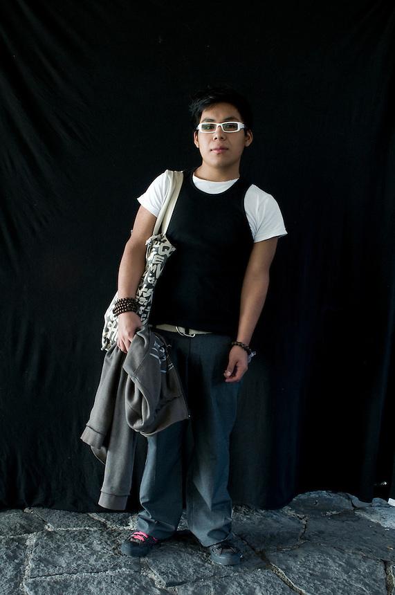 Jose Guevara, alumno Facultad de Ciencias Politicas, 18 years old. Portraits from the Mexico City Campus of UNAM. August 18, 2008