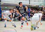 DELFT - Kieran Dartee (hdm)  met links Boet Phijffer (Kampong) tijdens de zaalhockey hoofdklasse competitiewedstrijd HDM-KAMPONG (7-8). COPYRIGHT KOEN SUYK