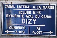 Europe/France/Champagne-Ardenne/51/Marne/Cumières: Canal latéral à la Marne - Détail plaque de l'écluse - Vallée de la Marne