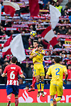 Saul Niguez Esclapez (L) of Atletico de Madrid competes for the ball with Jonathan Calleri of UD Las Palmas during the La Liga 2017-18 match between Atletico de Madrid and UD Las Palmas at Wanda Metropolitano on January 28 2018 in Madrid, Spain. Photo by Diego Souto / Power Sport Images