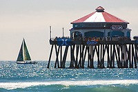 Spectators at the US Open Surf Competition at Huntington Beach Pier