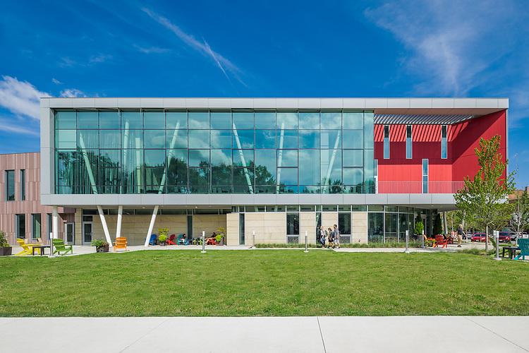 Oberlin College Peter B. Lewis Gateway Center | Solomon Cordwell Buenz