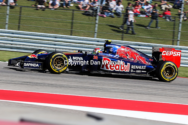 DANIIL KVYAT (26) driver of the Scuderia Toro Rosso car in action during the qualifying session before the Formula 1 United States Grand Prix race at the Circuit of the Americas race track in Austin,Texas.