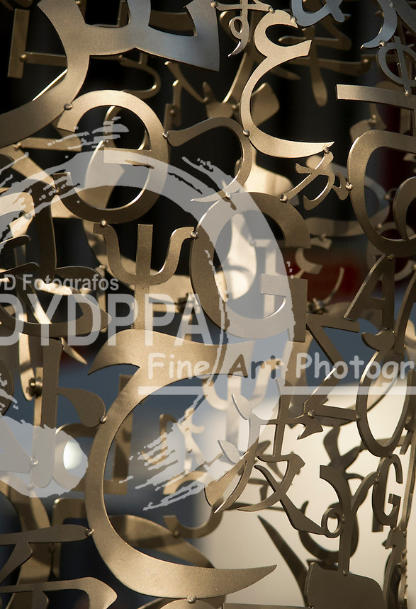 16/02/2012. Madrid. Spain. Metallic letters. (C) Belen D. Alonso / DyD Fotografos