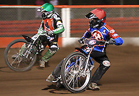 Heat 14: Leigh Lanham (red) and Barrie Evans (green) - Lakeside Hammers vs Belle Vue Aces at The Arena Essex Raceway, Lakeside - 10/09/08 - MANDATORY CREDIT: Rob Newell/TGSPHOTO