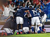 BOGOTA - COLOMBIA - 01 – 04 - 2018: Los jugadores de Millonarios, celebran el cuarto gol anotado Atletico Bucaramanga, durante partido de la fecha 12 entre Millonarios y Atletico Bucaramanga, por la Liga Aguila I 2018, jugado en el estadio Nemesio Camacho El Campin de la ciudad de Bogota. / The players of Millonarios celebrate the forth scored goal to Atletico Bucaramanga, during a match of the 12th date between Millonarios and Atletico Bucaramanga, for the Liga Aguila I 2018 played at the Nemesio Camacho El Campin Stadium in Bogota city, Photo: VizzorImage / Luis Ramirez / Staff.