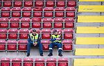 S&ouml;dert&auml;lje 2014-05-31 Fotboll Superettan Syrianska FC - &Auml;ngelholms FF :  <br /> Ordningsvakter och tomma stolar p&aring; huvudl&auml;ktaren p&aring; S&ouml;dert&auml;lje Fotbollsarena under matchen mellan Syrianska och &Auml;ngelholm<br /> (Foto: Kenta J&ouml;nsson) Nyckelord:  Syrianska SFC S&ouml;dert&auml;lje Fotbollsarena &Auml;ngelholm &Auml;FF utomhus exteri&ouml;r exterior ordningsvakt vakt